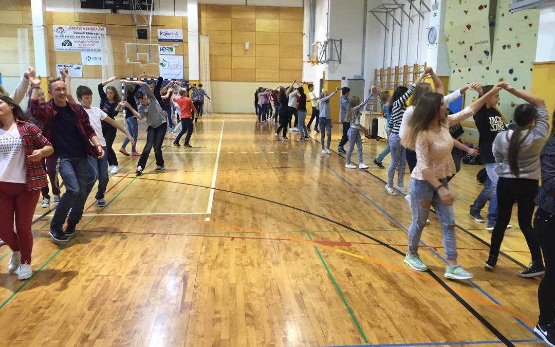 5.10.2015 – Začetek plesnih vaj naših devetošolk in devetošolcev